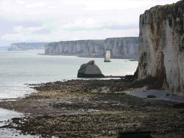 Etretat-right-side.jpg